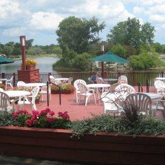 twin-lakes-deck